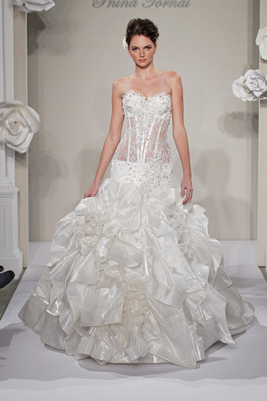 Wedding dresses 2013 top 10 trends best designersto choose 1 corset wedding dresses junglespirit Choice Image